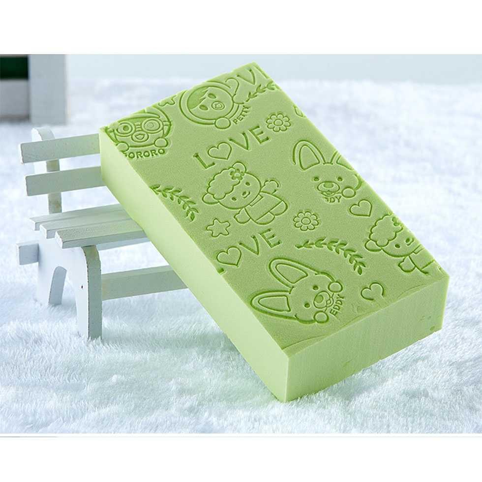 ฟองน้ำสำหรับอาบน้ำเด็ก สีเขียว